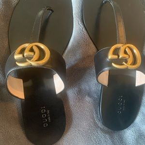 Gucci Flat Marmont Leather Sandals